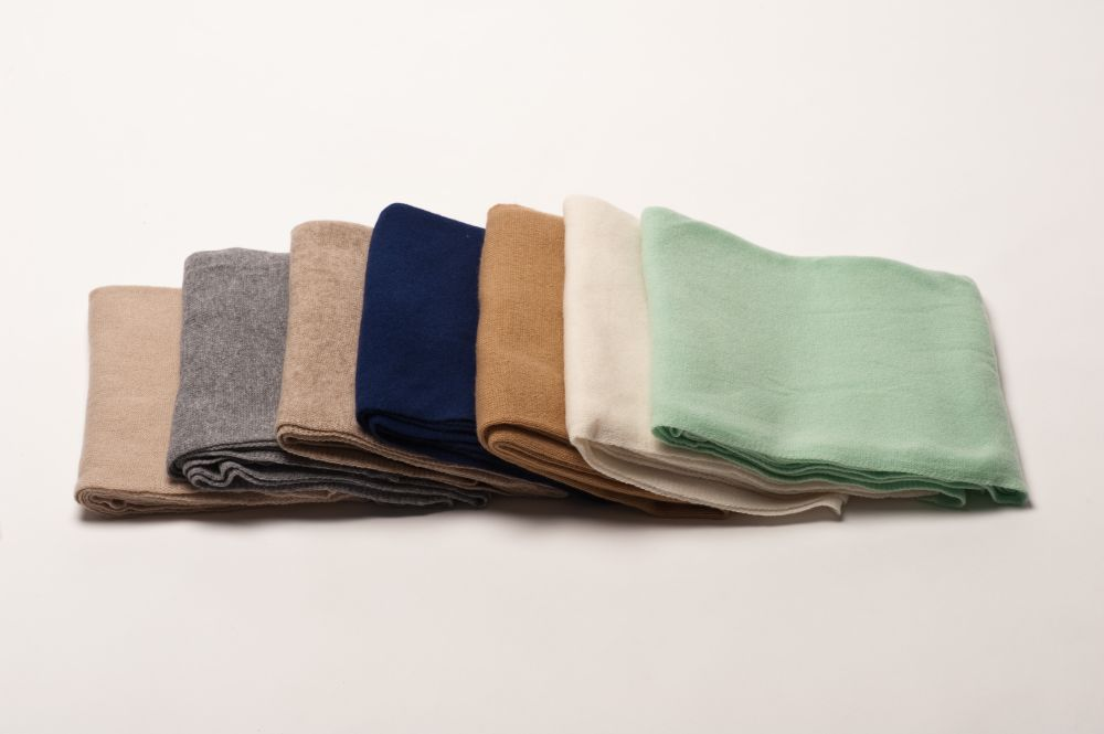 effen gebreide sjaal | producten b2b | patrizia d. - pure cashmere